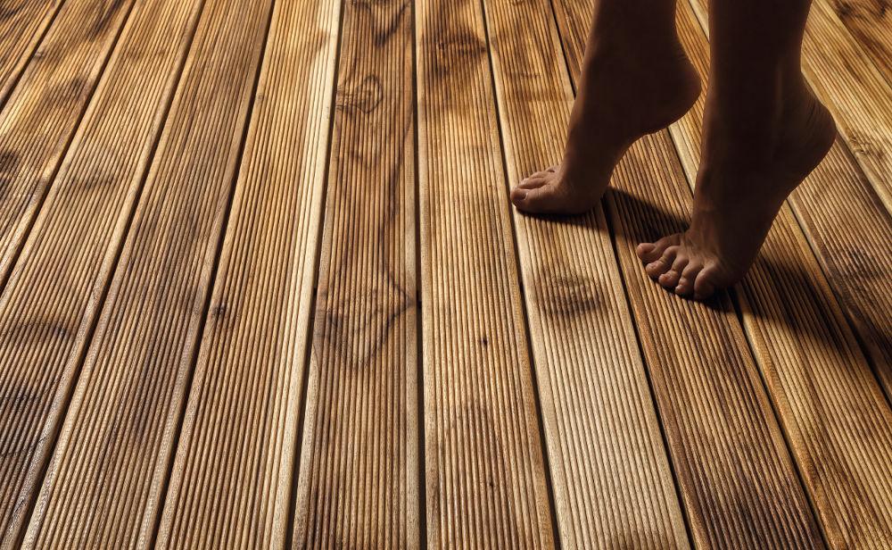 pavimento-legno-esterno-teak-dettaglio_2 [©GAZZOTTI] aria-label=