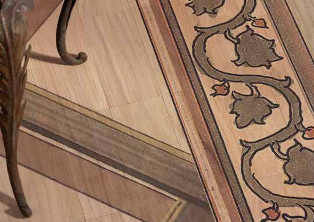Pavimento legno interno tappeto artistico dettaglio for Pavimento in legno interno