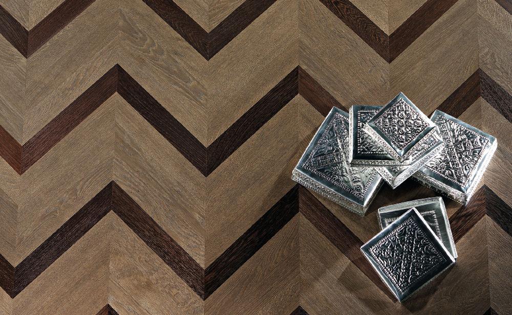 pavimento-legno-interno-vintage-dettaglio_1 [©GAZZOTTI] aria-label=