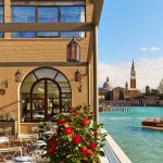 serramenti-finestre-legno-esterno-Cipriani-Venezia-campesato_2 [©CAMPESATO]