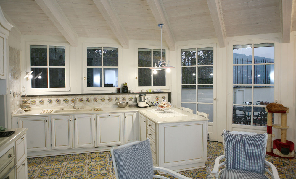 serramenti-finestre-legno-interno-bianco-Campesato_2 [©CAMPESATO] aria-label=
