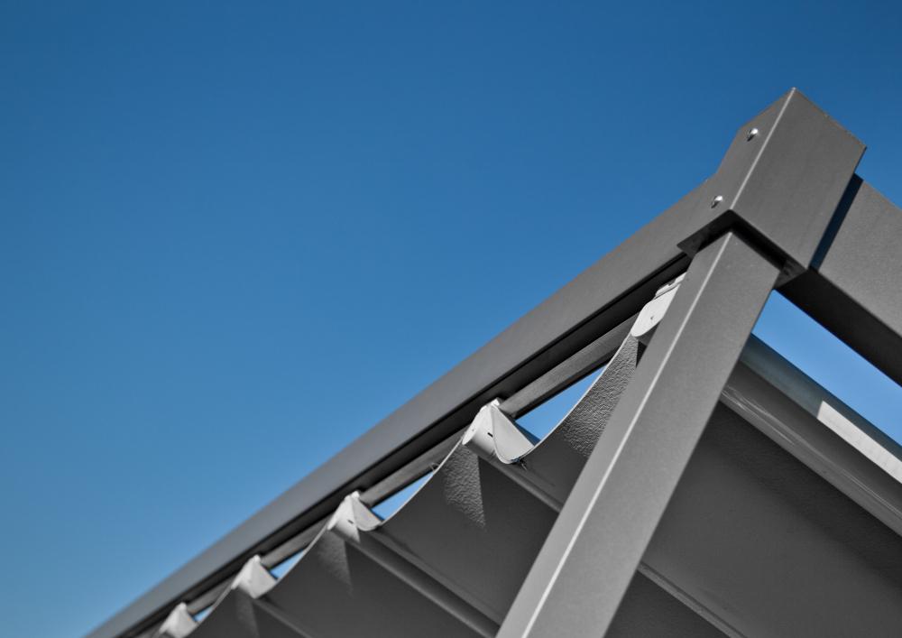 01_pergola-tenda-da-sole-modello-Corradi-exyl-dettaglio3 [©CORRADI] aria-label=