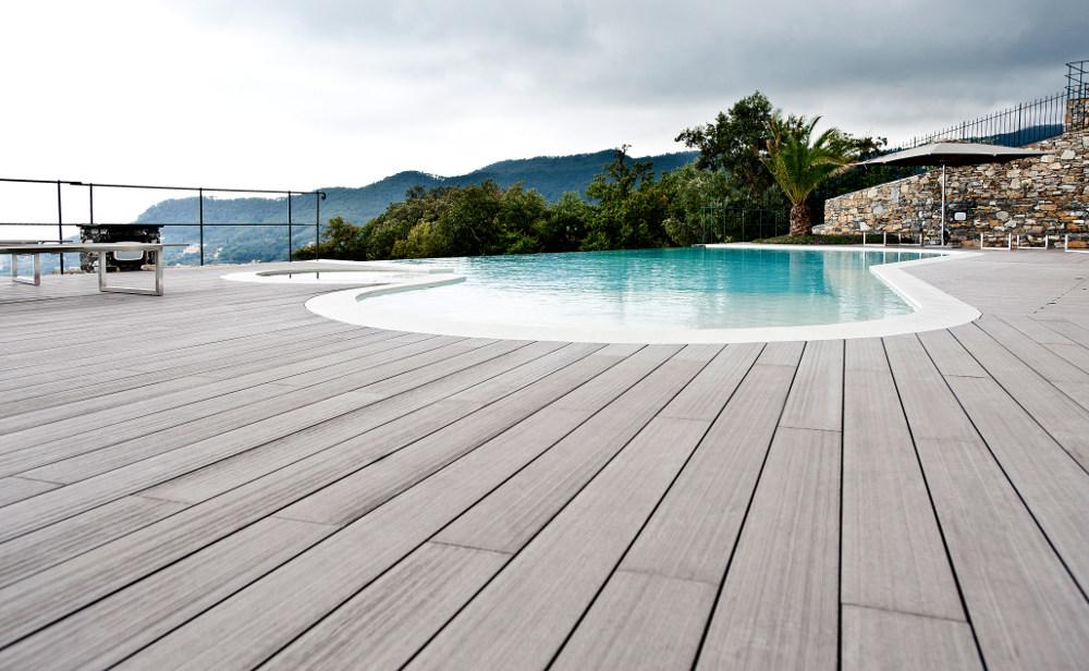 pavimento-legno-esterno-acqua-Greenwood._1 [©GREENWOOD] aria-label=