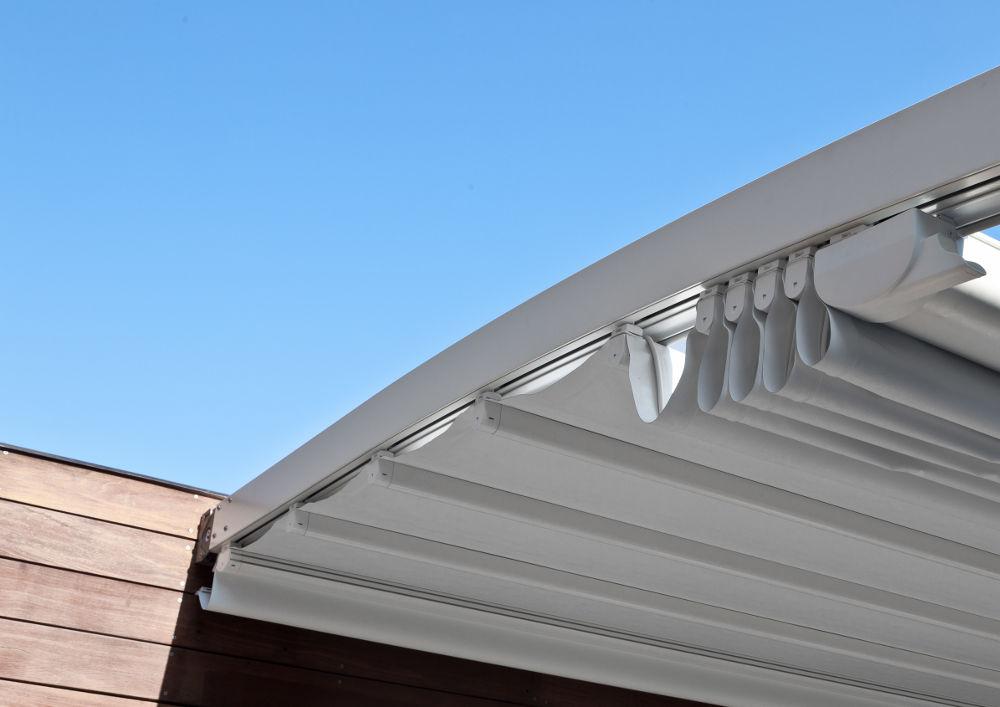 pergola-tenda-da-sole-modello-Corradi-fluxl-dettaglio1_1 [©CORRADI] aria-label=